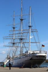 Die Gorch Fock I in Stralsunds Hafen.